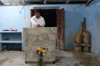 Antonio Armando Balam sharing in Sierra Papacal